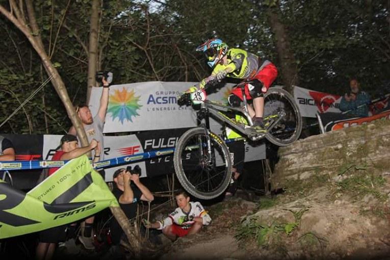 Saccon campione italiano enduro mtb